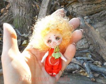 StrawberryHandmade, brown eyes, curly, 9 cm, touching, gift for a girl