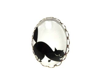 Adjustable silver ring, chubby black cat on white background