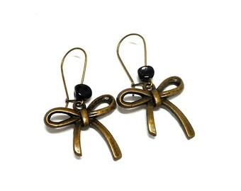 Earrings sleepers ears knots, beads black