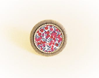 Adjustable silver ring and Red liberty Mitsy cabochon