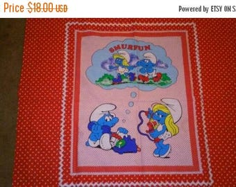 SALE Super cute 1982 smurf characters fabric