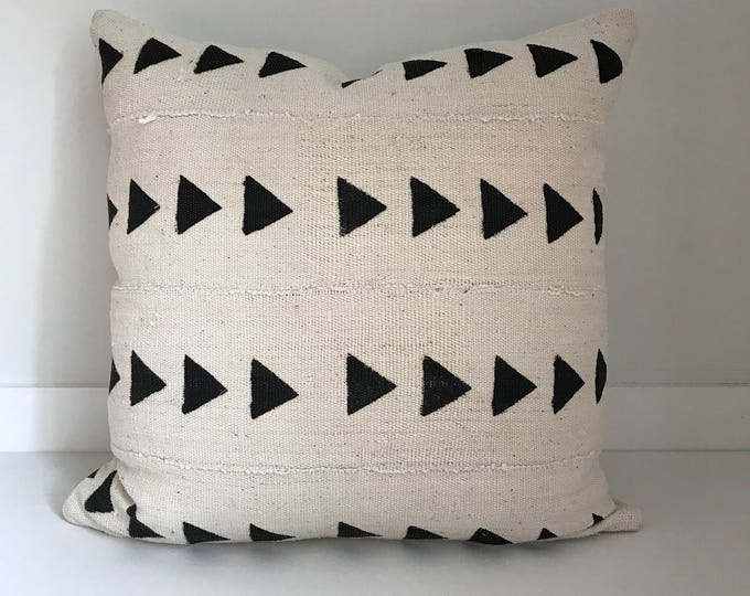 African Mudcloth Pillow Cover, Ethnic, Handwoven, Black/ Grey and Cream