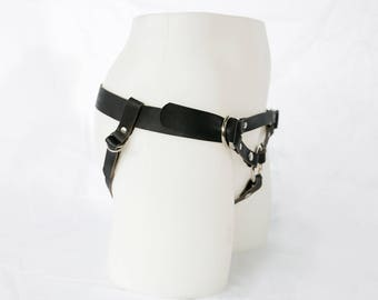 Handmade Leather Strap On Harness - The Camryn in Folsom Black