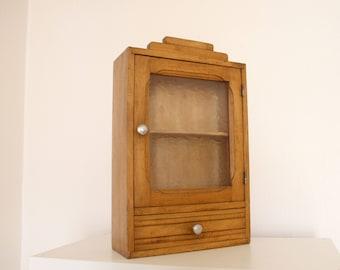Art Deco - beautiful condition medicine cabinet