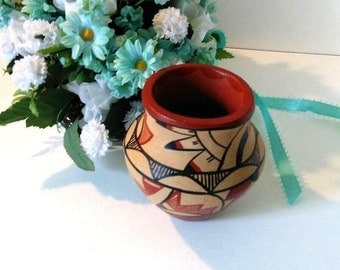 Vintage Clay Southwestern small pot, Native American style, unsigned, rustic home decor, Western, 1980s
