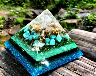 Orgone Pyramid - Harmony Of Space: Crystal quartz, Amazonite