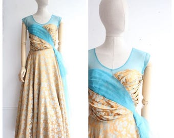 Vintage 1950's  Evening Gown Silk Brocade and Tulle Evening Dress UK 10 Vintage prom vintage ball gown fifties Silk Dress 50's Revival UK 10
