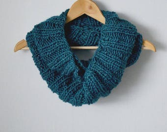 Teal Chunky Knit Scarf | MADE TO ORDER | Infinity Ribbed Scarf | Winter Accessories