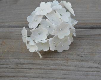 Sola Wood Hydrangea Flower