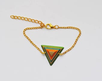 Chain bracelet gold and recycled skateboard wood pendant
