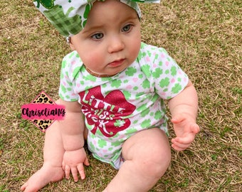 LUCKY CHARM headwrap, St. Patrick's Headwrap, baby Head Wrap, Shamrock Baby Head Wrap, fabric Head Wraps, toddler Headwraps