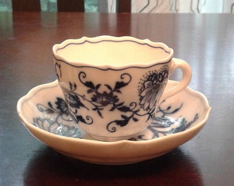 Meissen espresso cups and saucers