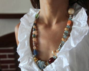 Vintage handmade gemstones, glass and perl beads necklace.