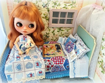 Robe or long pajamas for Blythe, Pullip or similar. Your baby is ready to go to the slumber party.