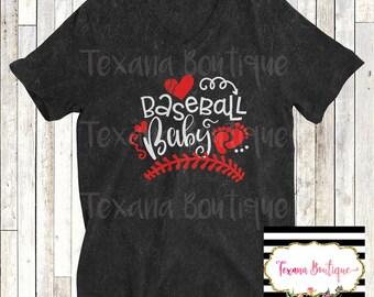 Baseball baby announcement, pregnancy announcement shirt, basbeball mom shirt, baseball baby outfit, new mom shirt, mom to be shirt, mom tee