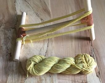 SUPER SALE: Minimalist Niddy Noddy for Knitting and Yarn Spinning