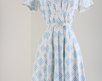Vintage 1950s White Blue Floral Light Weight Cotton Fit And Flare Summer Dress Short Sleeve Belted Size Small Medium Mad Men Style