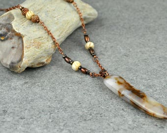 Brown and White Agate Pendant Necklace