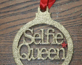 Selfie queen laser cut wooden bauble