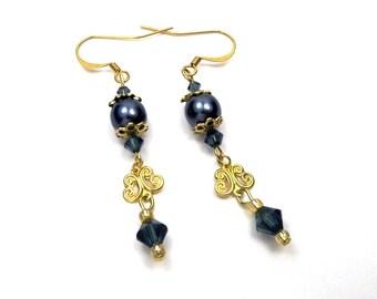 Earrings neo Baroque brass Montana Blue Crystal glass beads