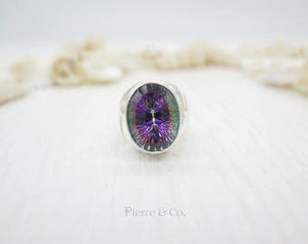22 carats Oval Cut Mystic Topaz Sterling Silver Ring (Size 6.5)