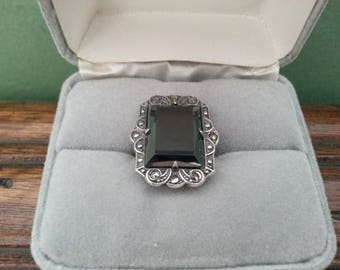 Vintage Sterling Silver, Hematite and Marcasite Ring - Size 4 1/4