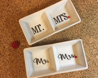 Mr. & Mrs. Dual/Double Ceramic Ring Holder Dish - Perfect Wedding, Bridal Shower or Bride and Groom/Couples Gift!