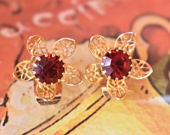 Vintage Ruby Red Rhinestone Flower Floral Earrings Clip On Filigree Delicate Costume Jewelry 1/2""