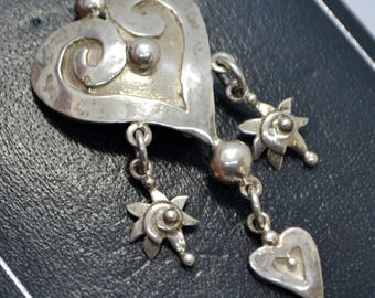 1996 Sterling SILVER British Designer HEART with Charm DANGLES Brooch / Pin