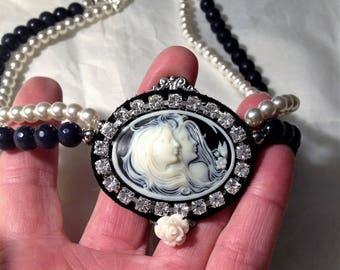 Necklace with Cameo