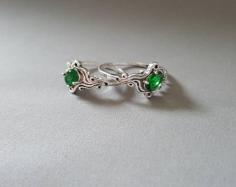 1.6ct Emerald Silver Ring