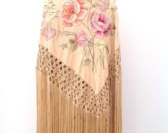 Beautiful 1920s silk shawl embroidered Spanish flapper antique piano shawl