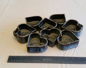 vintage handmade 8 cup stoneware heart shaped muffin tray w/ double handles 1980 - blue & brown pottery bowl cake pan - candy dish cupcakes