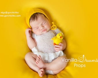 Yellow posing fabric backdrop, bean bag cover, newborn Photography photo prop