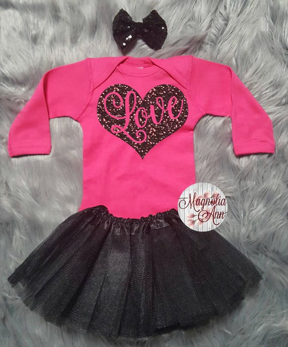 Love Heart Valentines Outfit, Toddler Valentines Day Outfit, Baby Girl Valentines Outfit, Baby's Valentine Onesie, Babies 1st Valentines Day