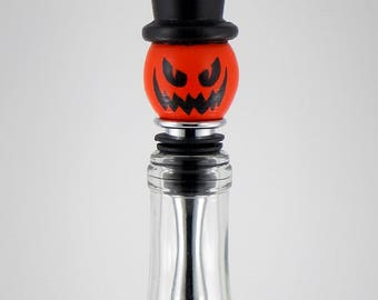 Handmade Wooden Bottle Stopper Pumpkin, Halloween Jack-O-Lantern, Scary Pumpkin with Hat, Wine Bottle-stopper