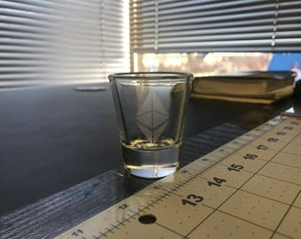 Ethereum Ether ETH Shot Glass Crypto Cryptocurrency Bitcoin Blockchain Shooter Shotglass bar barware gifts 1.5 oz