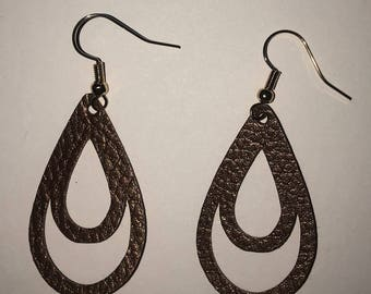 Cut-out Leather Earrings
