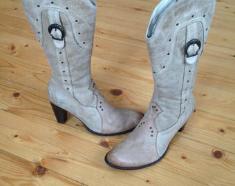 Cowgirl boots- Cowboy boots - leather - size 40 eur, 9.5 us, 7 uk.