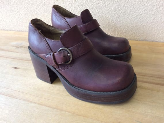 American Eagle Leather Loafer/Chunky Heel,90's Vintage,Size 6 1/2.