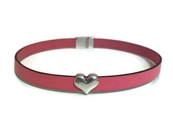 Leather Choker, Genuine Leather, Heart Choker, Magnetic Closure, Gift for her, Love, Antique Silver, Gifts, Jewelry, Pink Leather