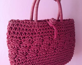 Vintage 1950s 1960s pink raffia purse from Italy, large fuchsia 50s 60s Italian straw bag perfect for summer