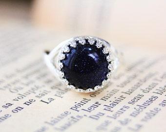 Gemstone ring, labradorite ring, moonstone ring, blue sandstone ring, kyanite ring, elven ring, strega fashion, wicca jewelry