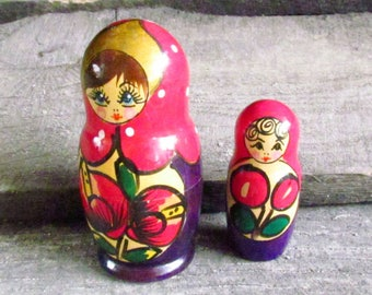 Folk Art Russian doll for kids gift Hand Painted doll Wooden Toy Russian Nesting Dolls Russian doll Babushka Doll Stacking dolls matrioshka