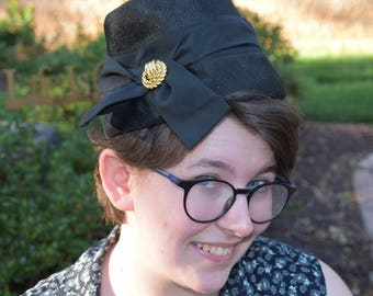 Black vintage cloche hat