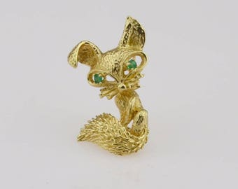 14k Gold Playful Fox With Emerald Eyes Pin/brooch(01256)