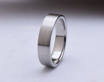 Wedding band mens with straight profile and brushed finish, mens titanium wedding rings, titanium ring mens, mens titanium wedding band mens