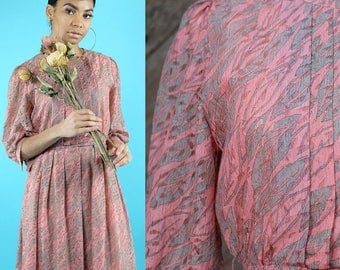 Peach pink lace dress with diagonal muted green leaves / Japanese Vintage / Feminine / Romantic / Wedding / Bridal / Secretary / Size S-M