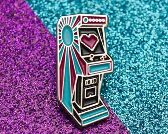 Love Arcade Enamel Pin Badge | Arcade Machine Pin Badge | Soft Enamel Pin Badge| Pin Badges | Fun Gold Pin Badge Gift for Video Gamers