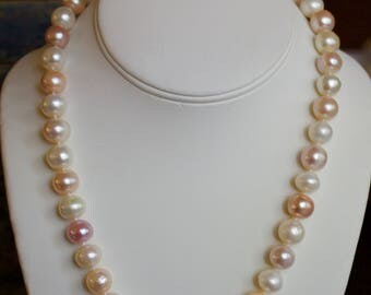 Fresh Water Pearl Necklace and Bracelet with 14k Gold.